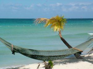 Hängematte am Strand, Negril, Jamaika