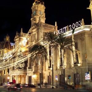 Weihnachtliches Rathaus, Valencia, Spanien